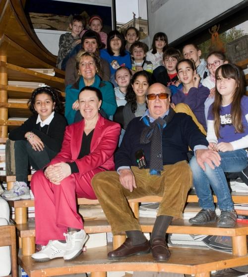 foto di gruppo con il Maestro EZIO GRIBAUDO