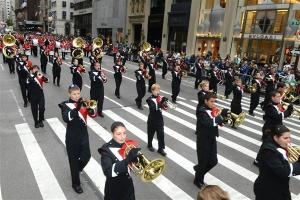 12 ott 2013 - COLUMBBUS DAY parade BULGARI